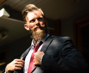 Bartöl Anwendung und Tipps